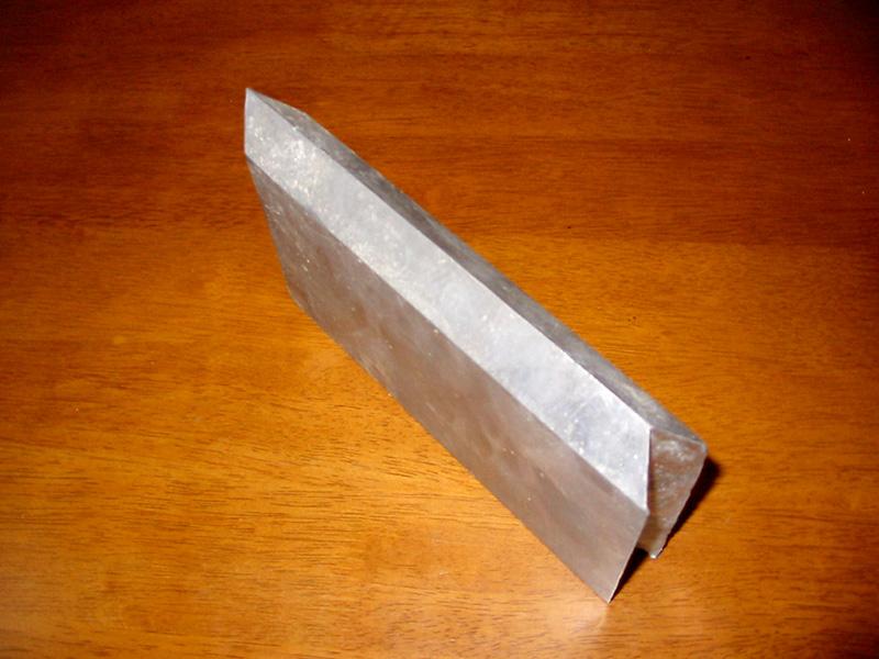鉛矢型ブロック製品1